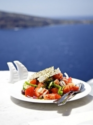 298_398_how-to-make-an-authentic-greek-salad