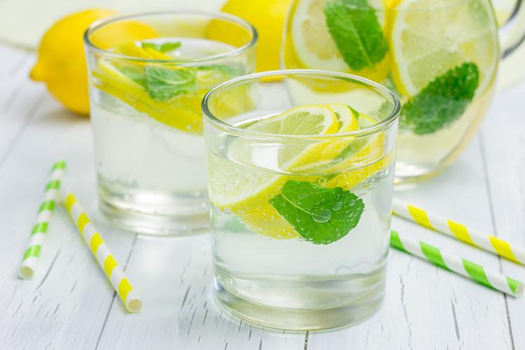 Morning-Lemon-Mint-Detox-Water